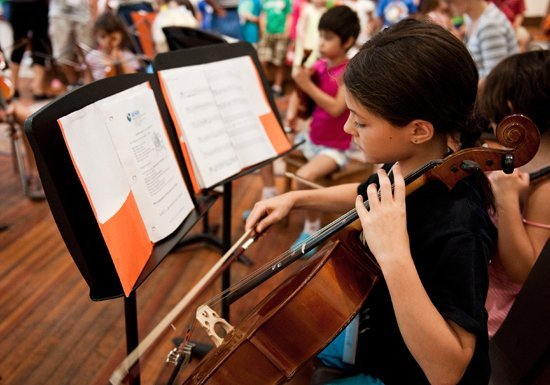 whin-music-community-charter-school-cellist